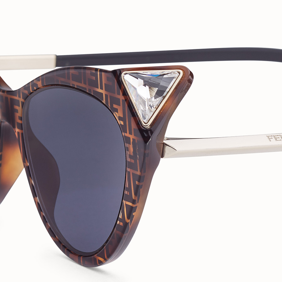 FENDI IRIDIA - Havana FF sunglasses - view 3 detail