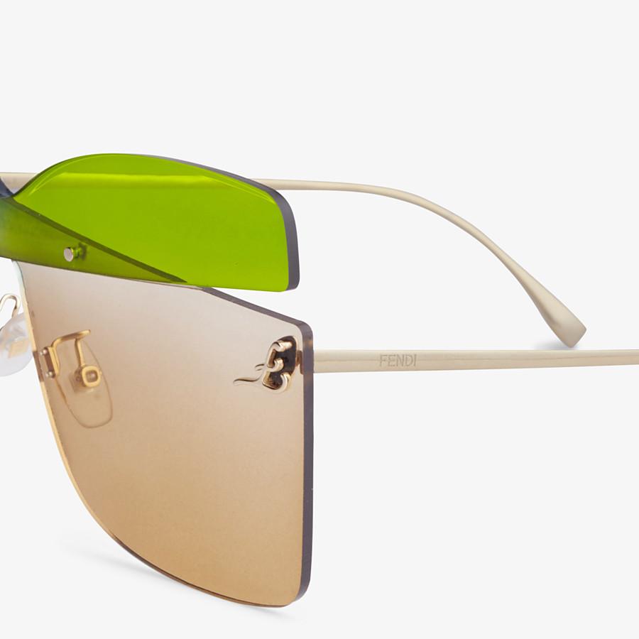 FENDI KARLIGRAPHY - Fashion Show Sunglasses - view 3 detail