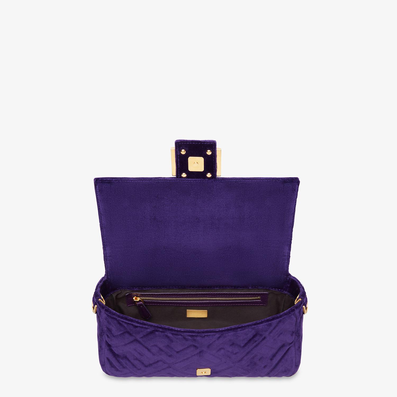 FENDI BAGUETTE - Purple velvet bag - view 4 detail