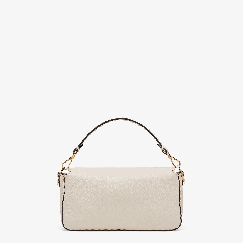 FENDI BAGUETTE - White full grain leather bag - view 4 detail