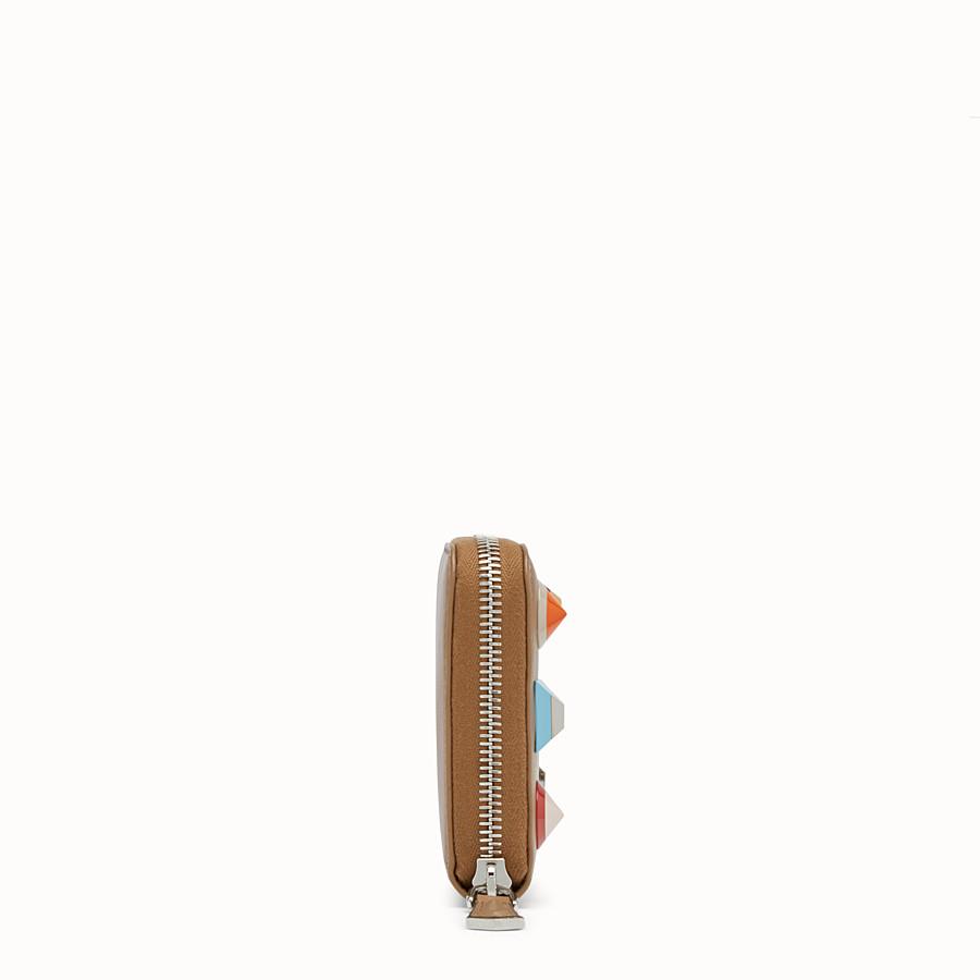 FENDI 지퍼 어라운드 - 베이지 컬러의 가죽 스터드 지퍼 어라운드 지갑 - view 3 detail