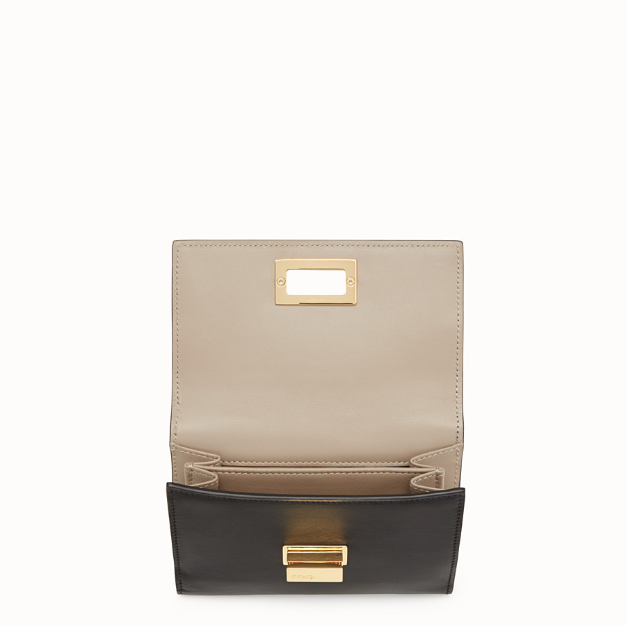 FENDI CONTINENTAL MEDIUM - Medium continental wallet in black leather - view 4 detail