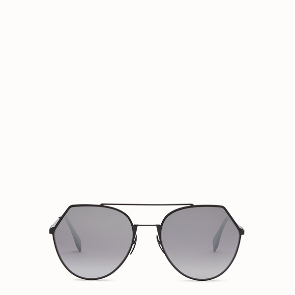 FENDI EYELINE - Black sunglasses. - view 1 small thumbnail
