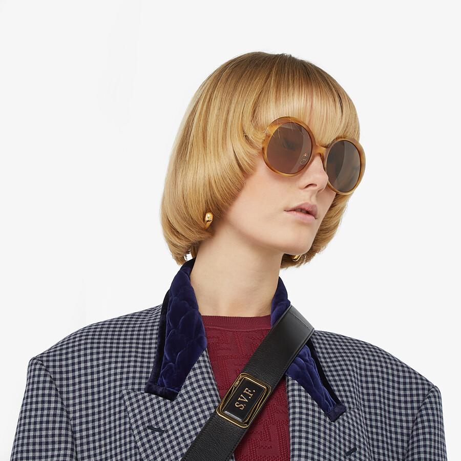 FENDI PROMENEYE - Gafas de sol marrones - view 4 detail