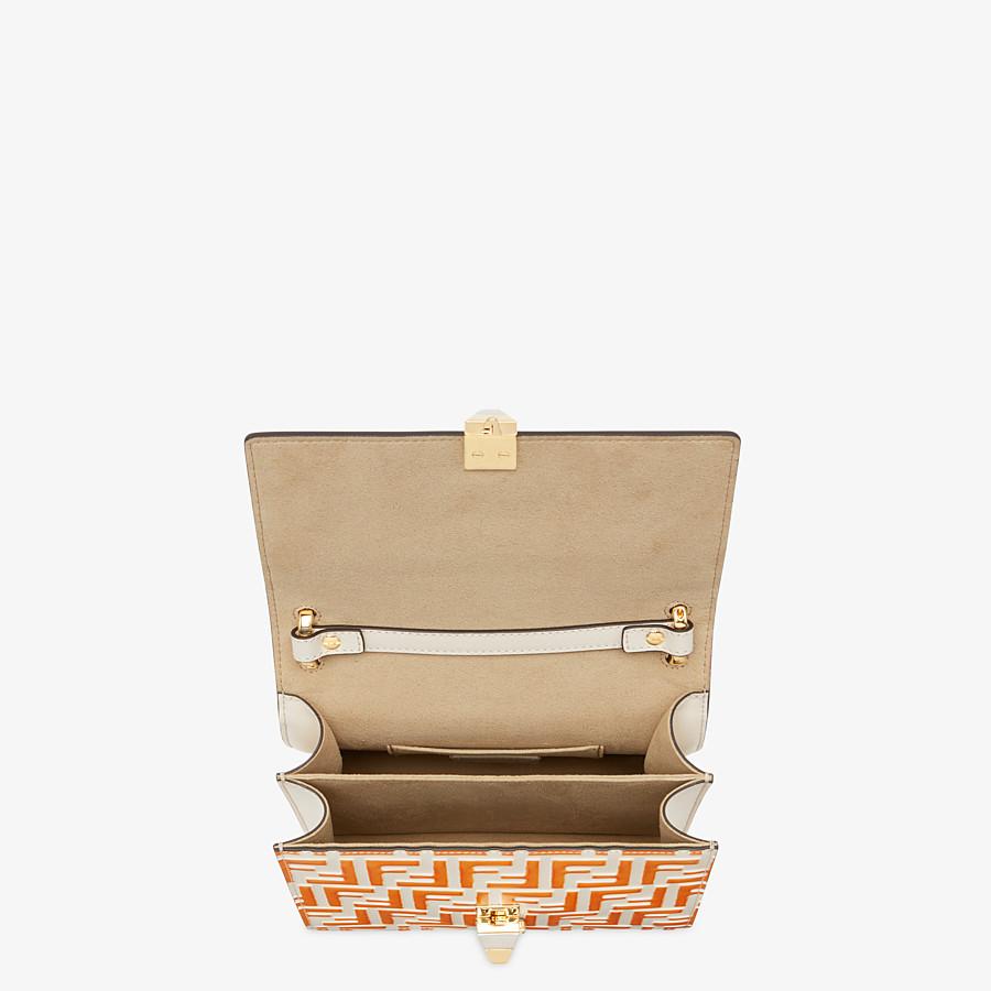 FENDI KAN I KLEIN - Mini-Tasche aus Leder in Weiß - view 4 detail
