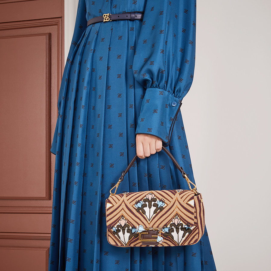 FENDI BAGUETTE - Brown satin bag - view 2 detail
