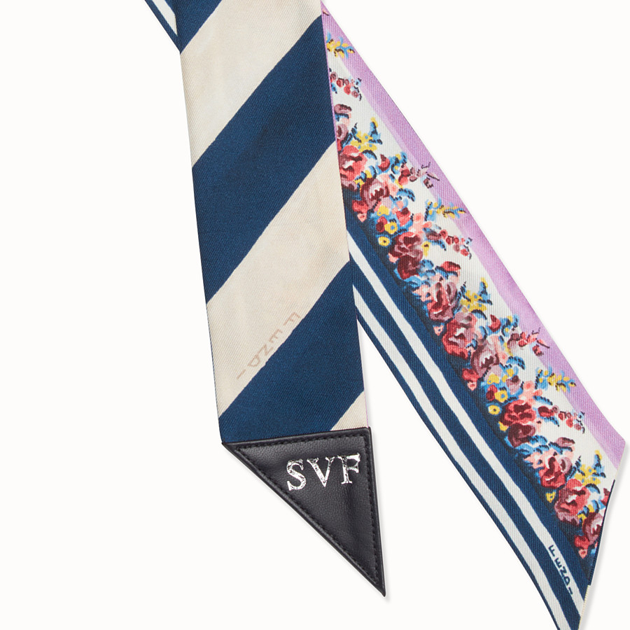 FENDI BLOOMING GARDENS WRAPPY - Bandeau in white and blue silk - view 2 detail