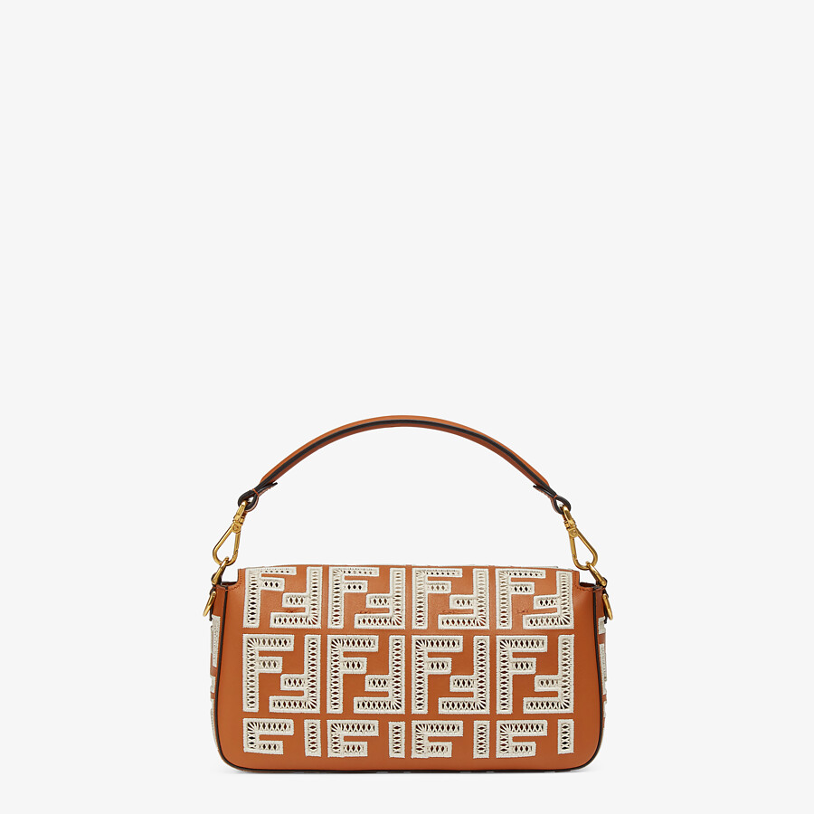 FENDI BAGUETTE - Brown leather bag with FF embroidery - view 4 detail