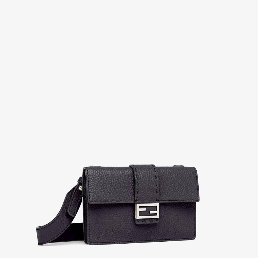 FENDI BAGUETTE POUCH - Black leather bag - view 2 detail