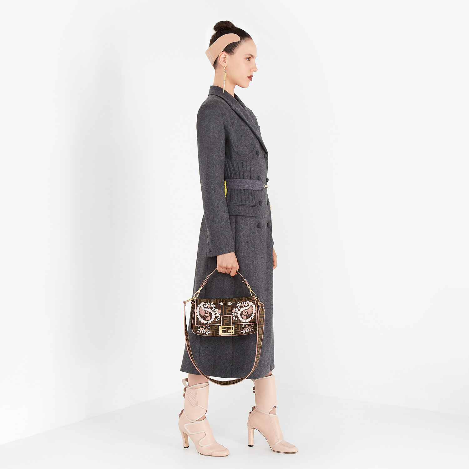 FENDI BAGUETTE - Embroidered FF fabric bag - view 2 detail