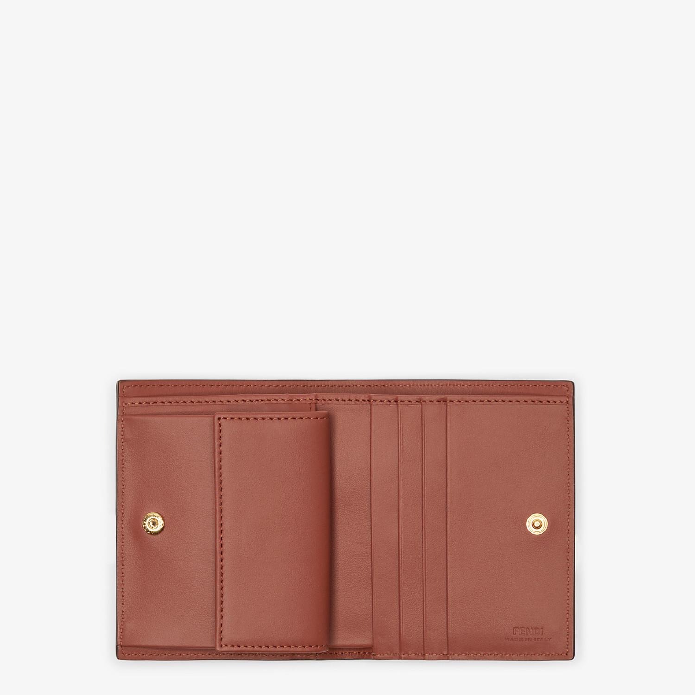 FENDI BIFOLD - Kompaktes Portemonnaie aus Leder in Braun - view 3 detail