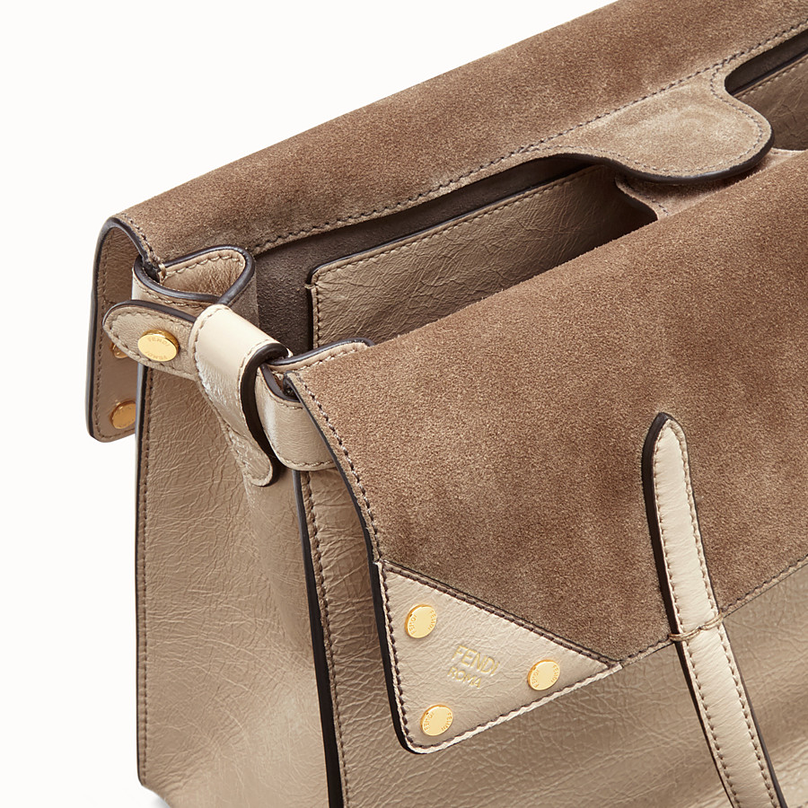FENDI FENDI FLIP LARGE - Beige leather bag - view 7 detail