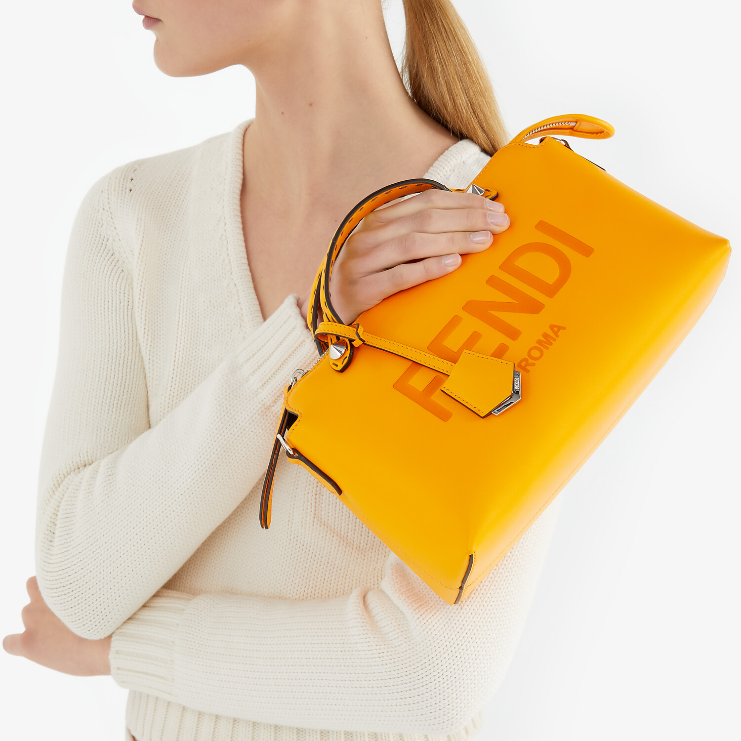 FENDI BY THE WAY MEDIUM - Orange leather Boston bag - view 2 detail