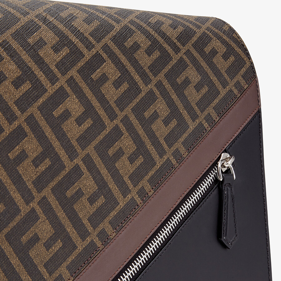 FENDI MESSENGER - Brown leather bag - view 5 detail