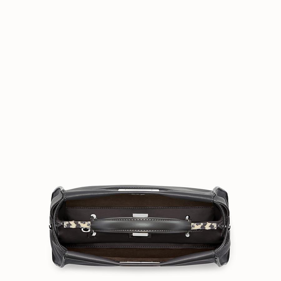 FENDI PEEKABOO REGULAR - 黑色皮革手提包 - view 4 detail