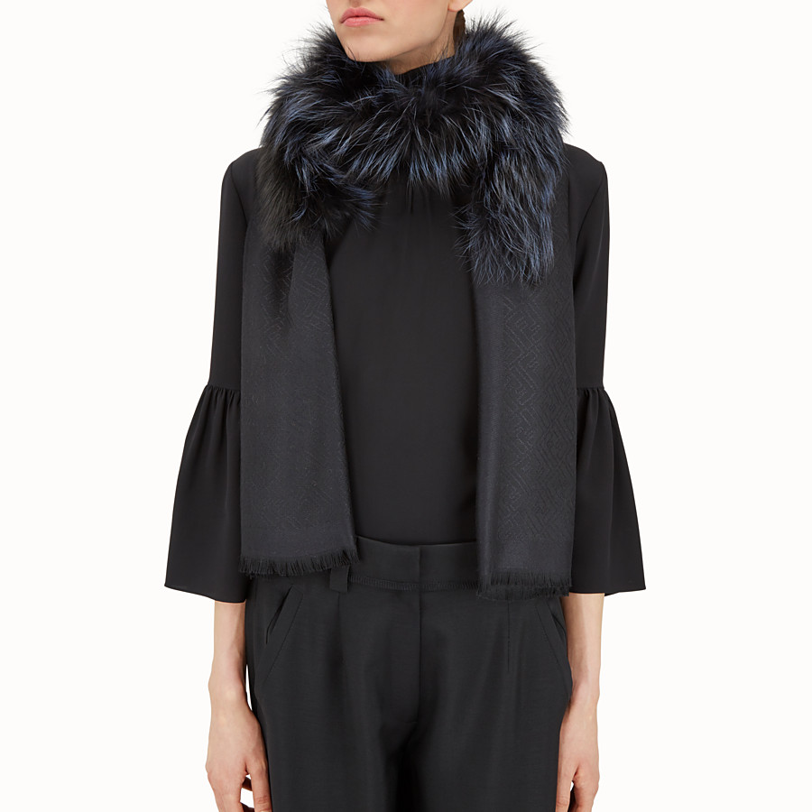 FENDI TOUCH OF FUR STOLE - Black stole in wool, cashmere and fur - view 3 detail