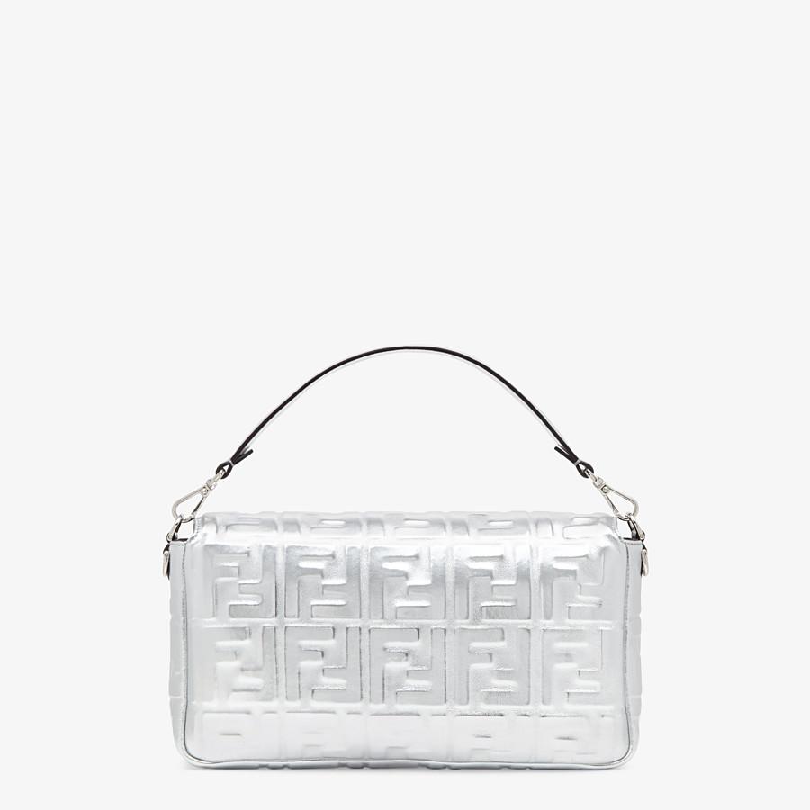 FENDI BAGUETTE LARGE - Silver leather bag - view 4 detail