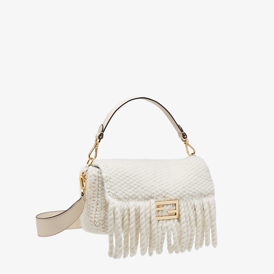 FENDI BAGUETTE - White wool bag with fringes - view 3 detail