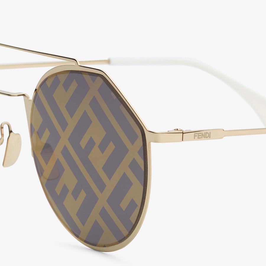 FENDI EYELINE - Gold-color sunglasses - view 3 detail