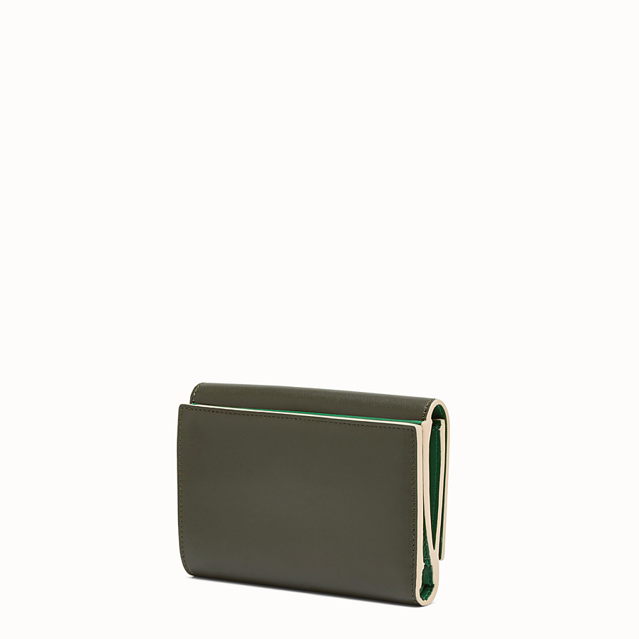 FENDI CONTINENTAL MEDIUM - Medium continental wallet in green leather - view 2 detail
