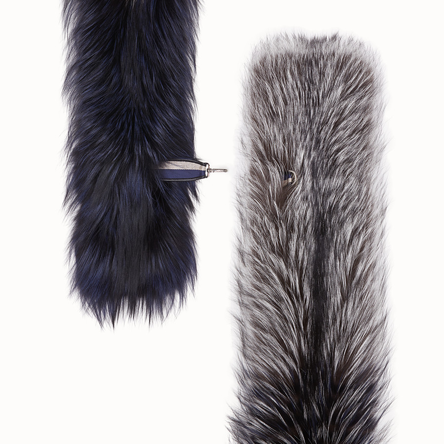 FENDI COLLAR - Grey fox fur collar - view 2 detail