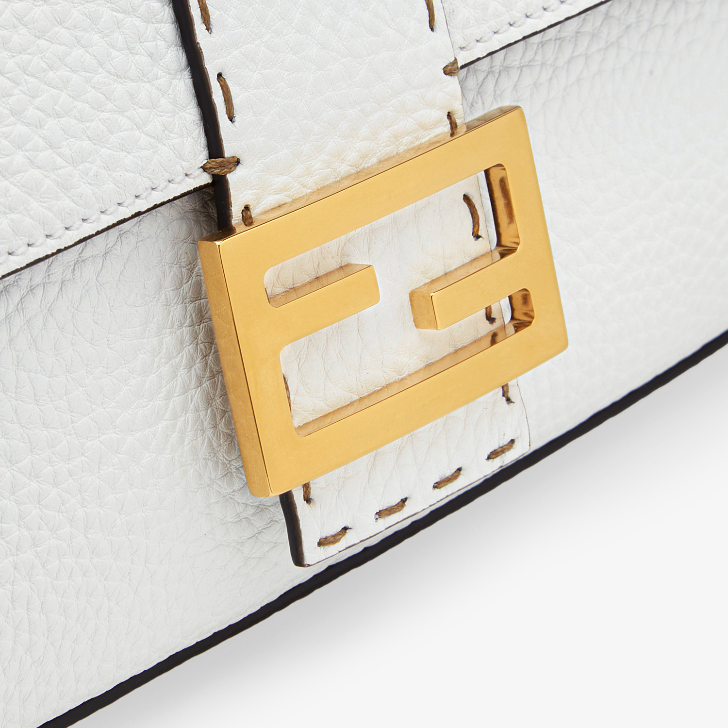 FENDI BAGUETTE - White leather bag - view 6 detail