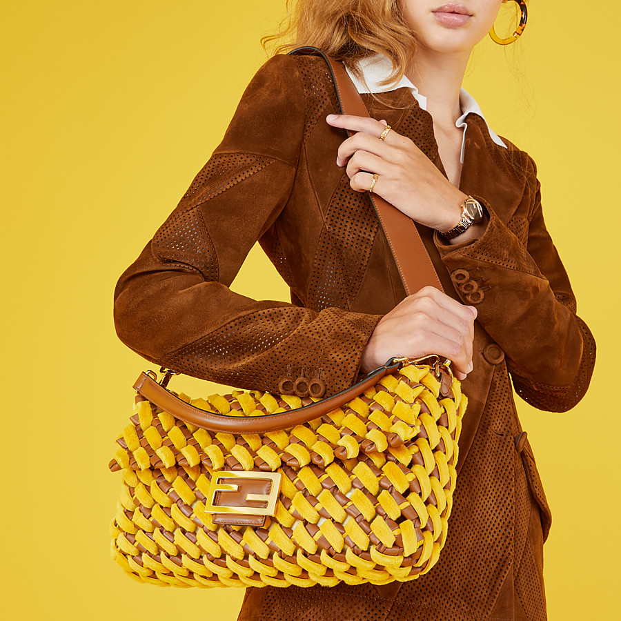FENDI BAGUETTE LARGE - Yellow mink and nappa leather bag - view 2 detail