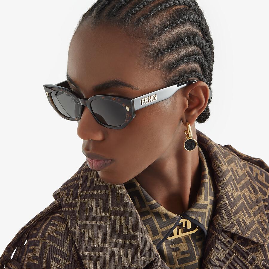 FENDI FENDI BOLD - FF Havana and black acetate sunglasses - view 4 detail