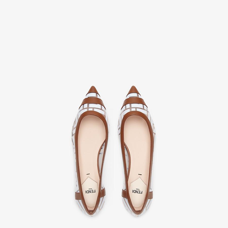 FENDI BALLERINES - Chaussures plates en PU et cuir blanc - view 4 detail