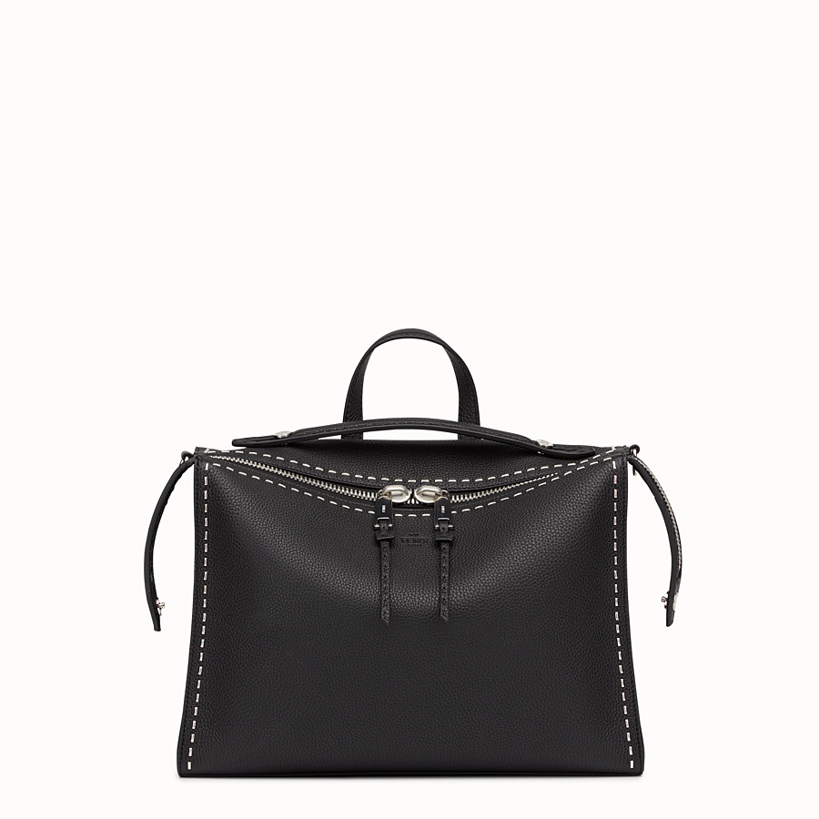 FENDI MESSENGER - Black leather Selleria shoulder bag - view 1 detail