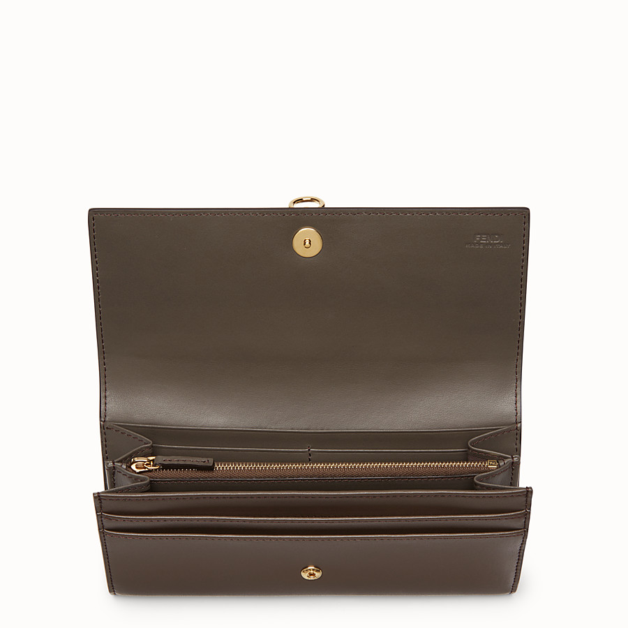FENDI CONTINENTAL - Brown leather continental wallet - view 4 detail