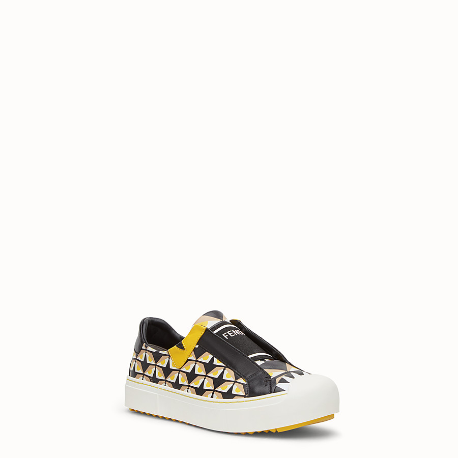 FENDI SNEAKER - in black leather with geometric print - view 2 detail