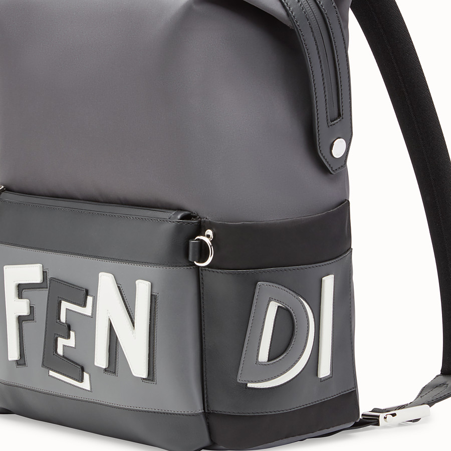 FENDI MOCHILA - Mochila de nailon gris - view 4 detail