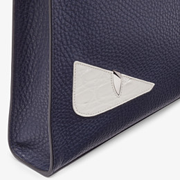 FENDI CLUTCH - Pochette aus Leder in Blau - view 5 thumbnail