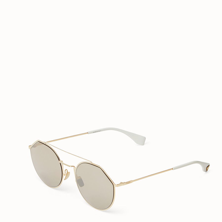 FENDI EYELINE - Sonnenbrille in Gold - view 2 detail