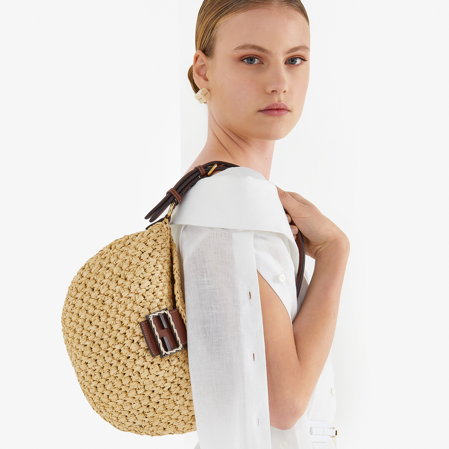 FENDI SMALL CROISSANT - Woven straw bag - view 2 detail
