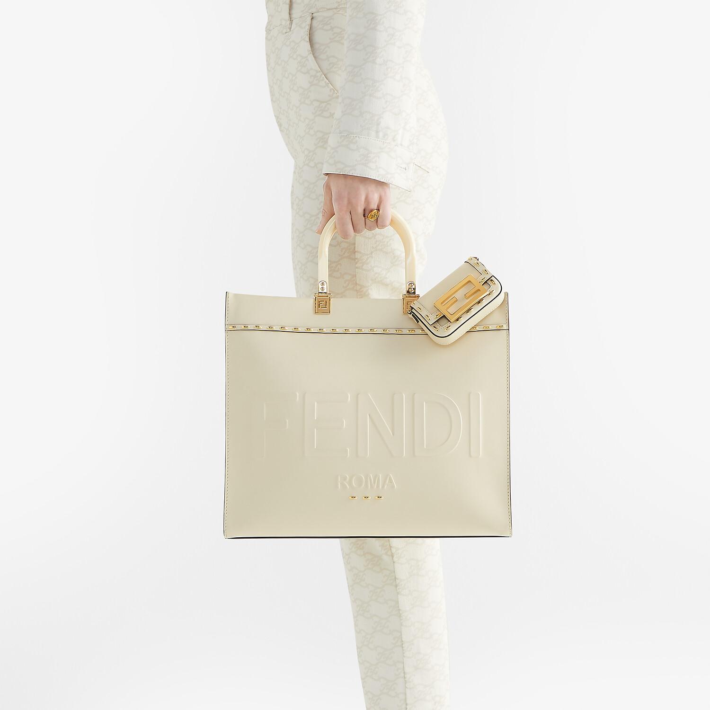 FENDI FENDI SUNSHINE MEDIUM - White leather shopper - view 2 detail