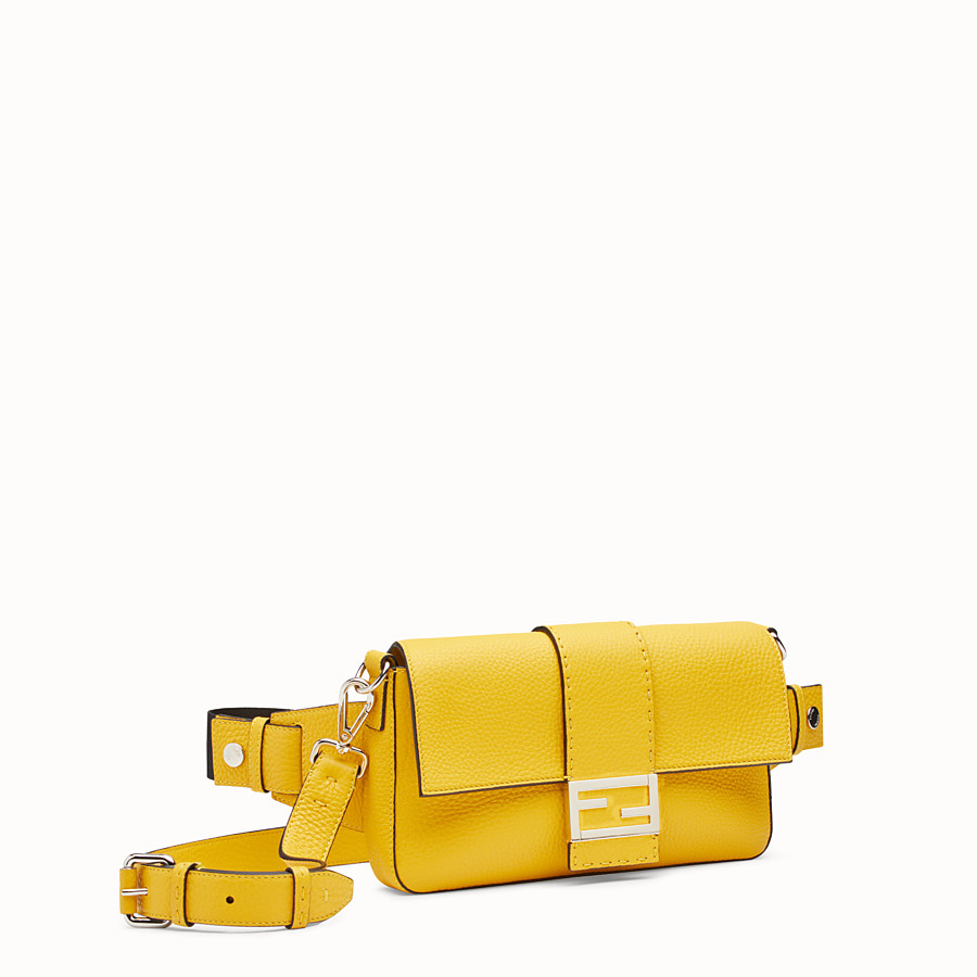 FENDI BAGUETTE - Yellow leather bag - view 2 detail