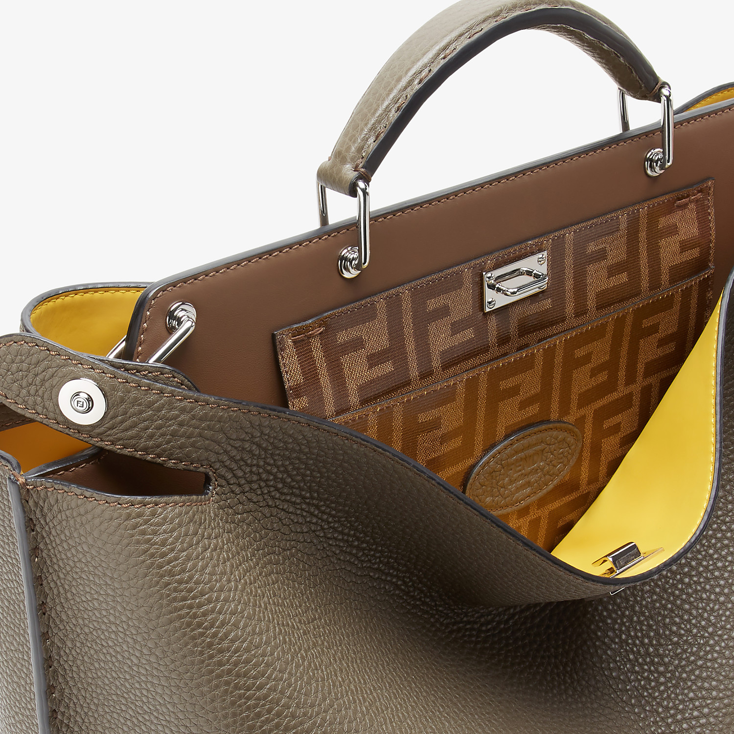 FENDI PEEKABOO ICONIC ESSENTIAL - Green leather bag - view 5 detail