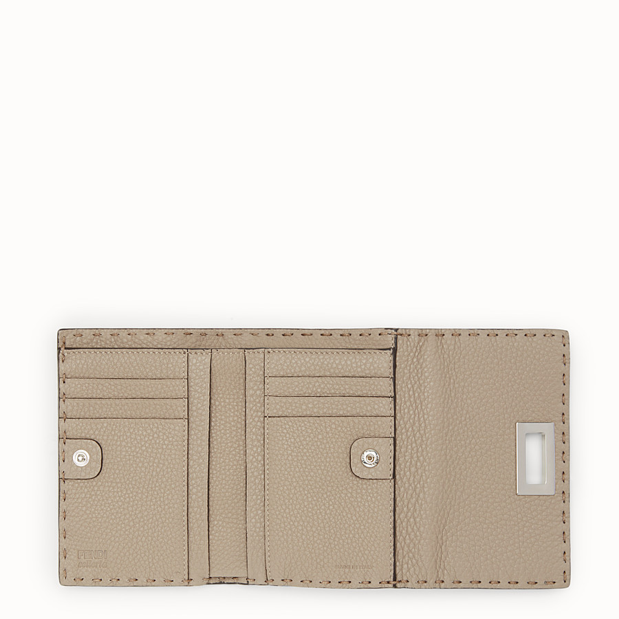 FENDI CONTINENTAL MEDIUM - Beige leather wallet - view 5 detail