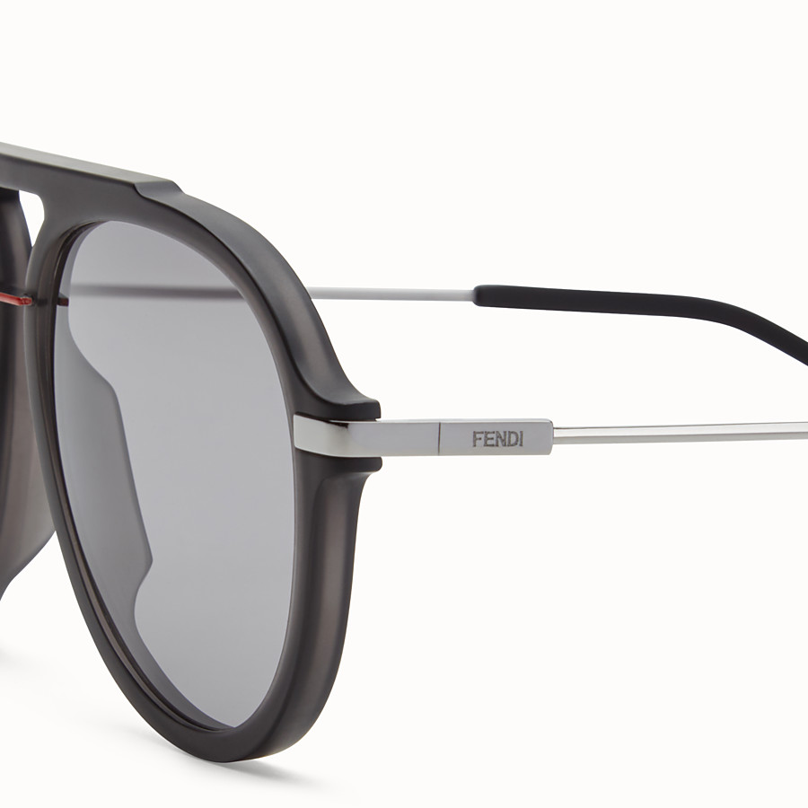FENDI FENDI FANTASTIC - Black satin-finish sunglasses - view 3 detail
