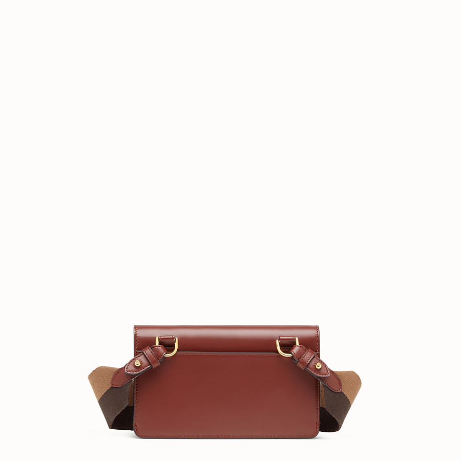 FENDI FLAT BAGUETTE - Minibag in pelle marrone - vista 4 dettaglio