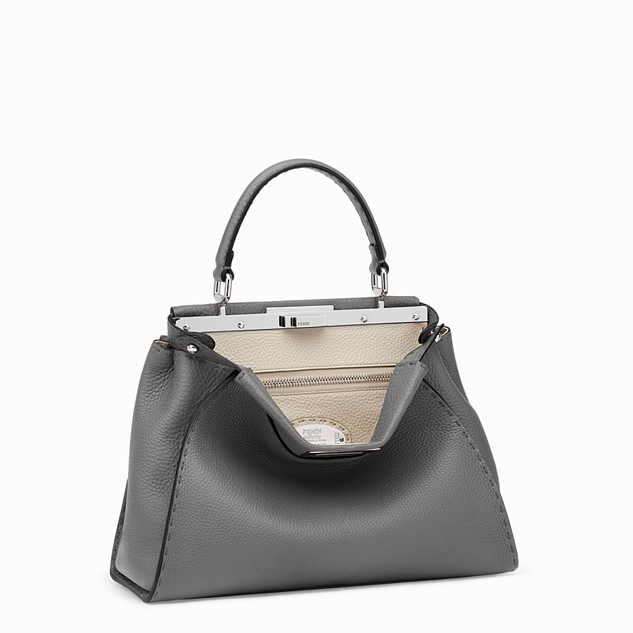 FENDI PEEKABOO ICONIC MEDIUM - Handbag in grey Roman leather - view 2 detail
