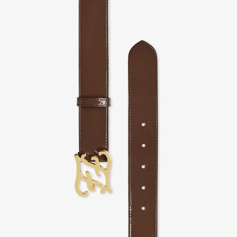 FENDI CINTURA KARLIGRAPHY - Cintura in vernice marrone - vista 2 dettaglio