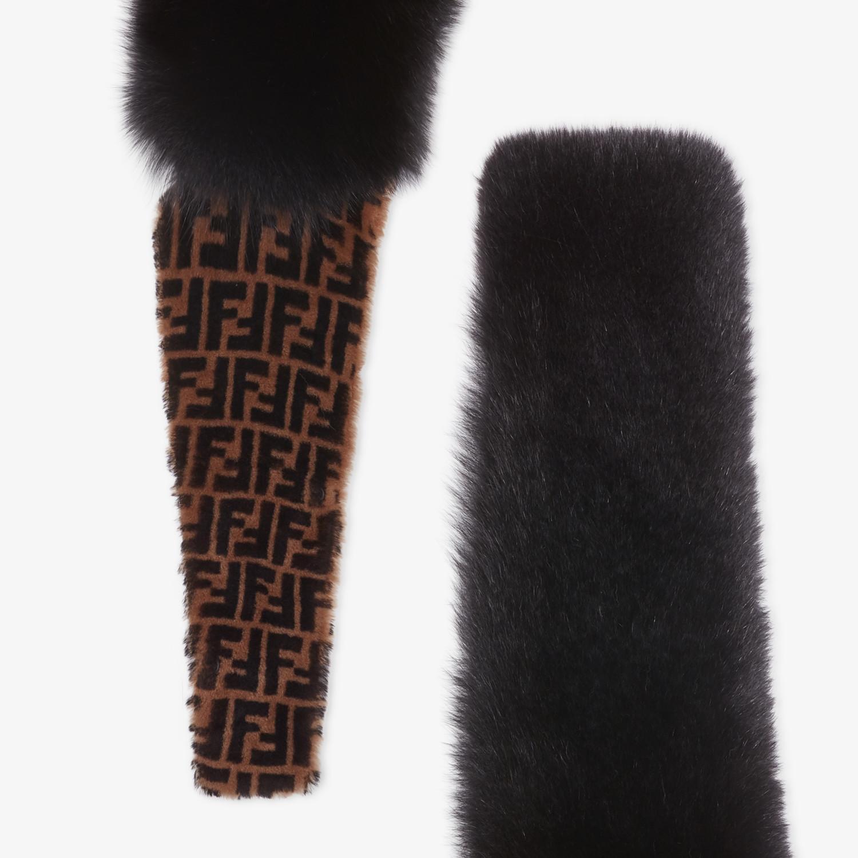 FENDI KRAGEN - Kragen aus Fuchspelz in Schwarz - view 3 detail