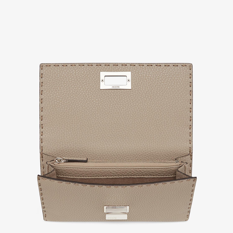 FENDI CONTINENTAL - Beige leather wallet - view 4 detail