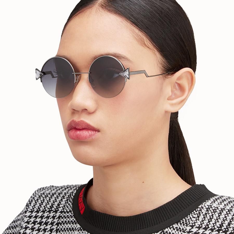 FENDI RAINBOW - Ruthenium-coloured sunglasses. - view 4 detail