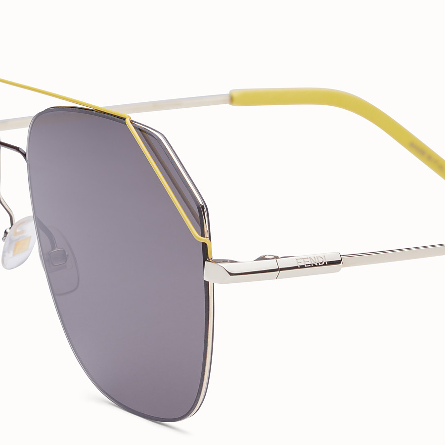 FENDI FENDIFIEND - Gold and yellow sunglasses - view 3 detail