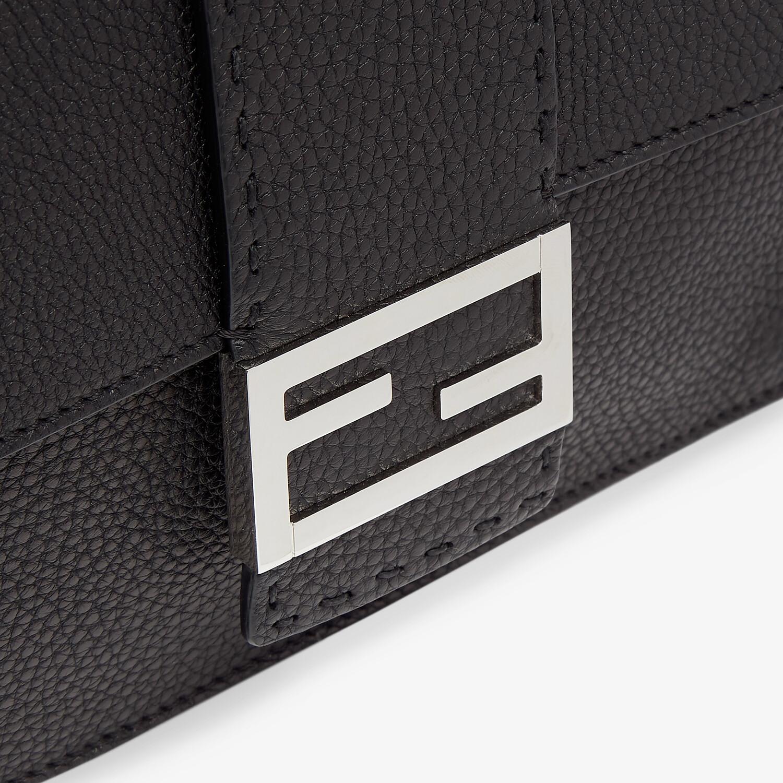 FENDI BAGUETTE PLANO - Bolso de piel negra - view 5 detail