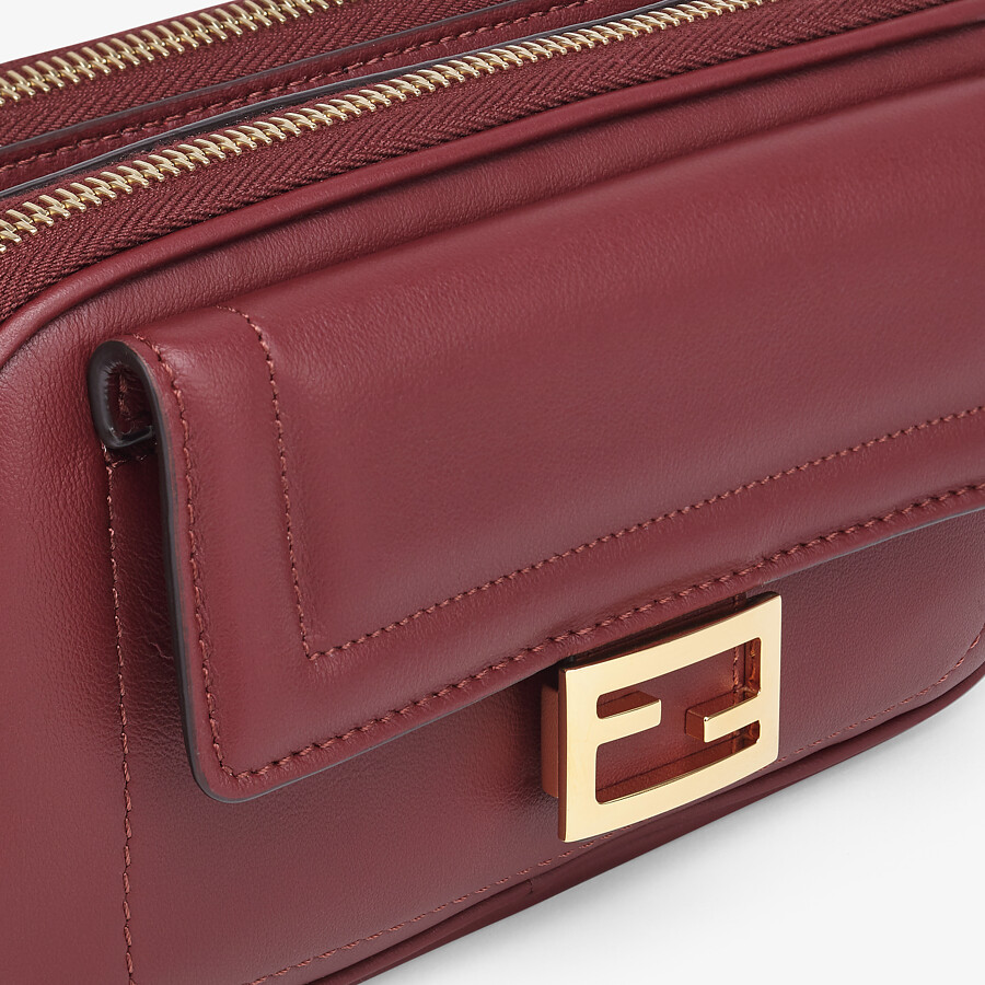 FENDI EASY 2 BAGUETTE - Minibag in pelle bordeaux - vista 5 dettaglio